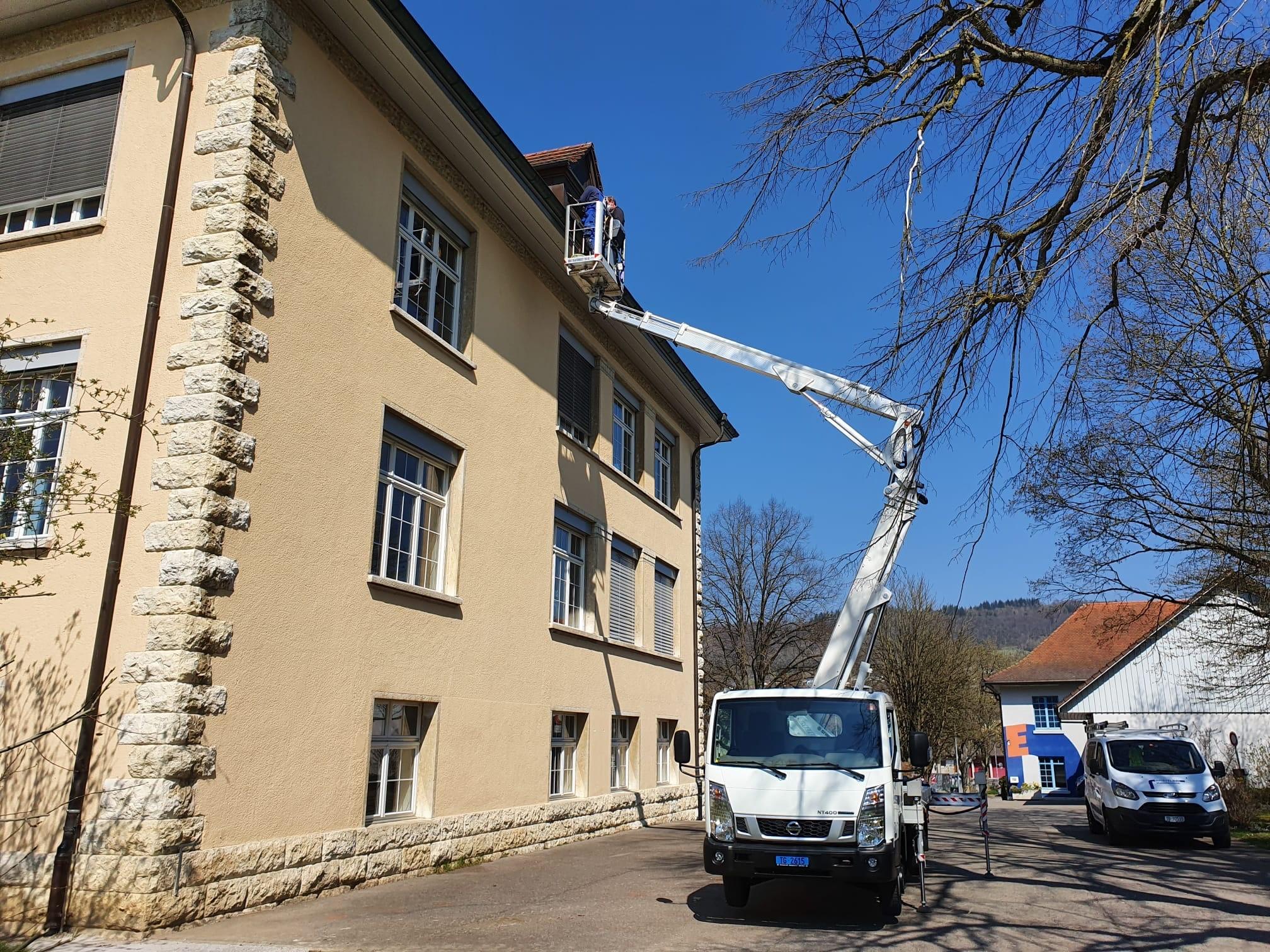 Schule Dach Brauchli GmbH
